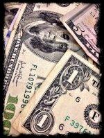 pieniądze w formie papierowej - przykład