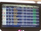 tablica lotów i przylotów